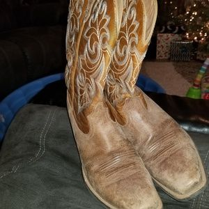 Ariat womans boots
